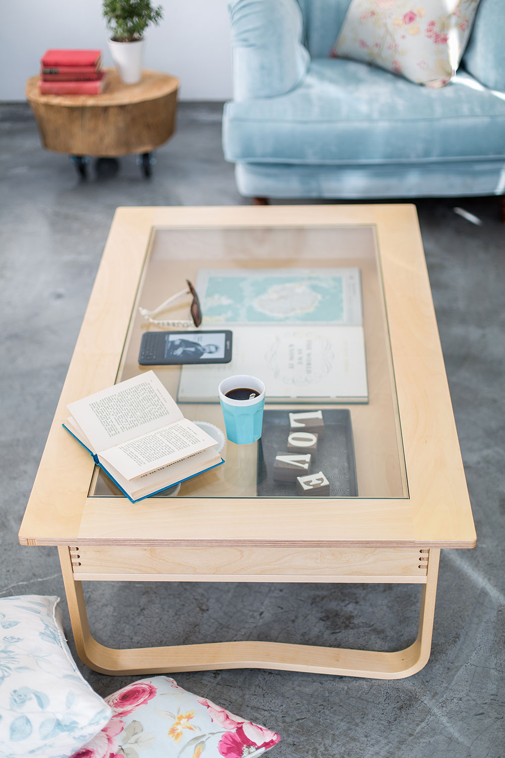 Coffee Table with Drawer.